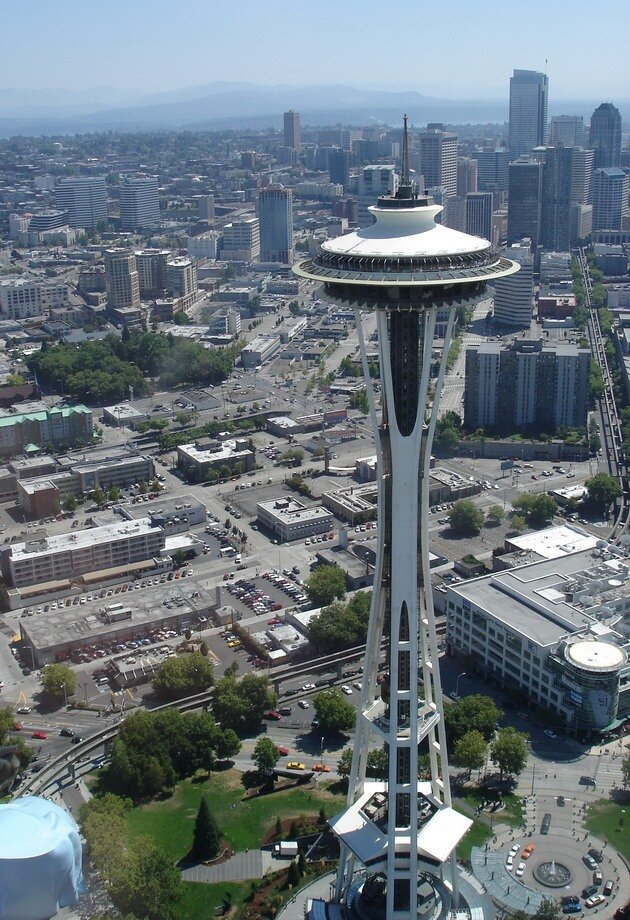Башня Спейс Нидл (Space Needle). Сиэтл, США
