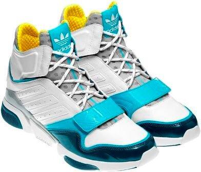 adidas Originals представляет коллекцию технологичных кроссовок MEGA