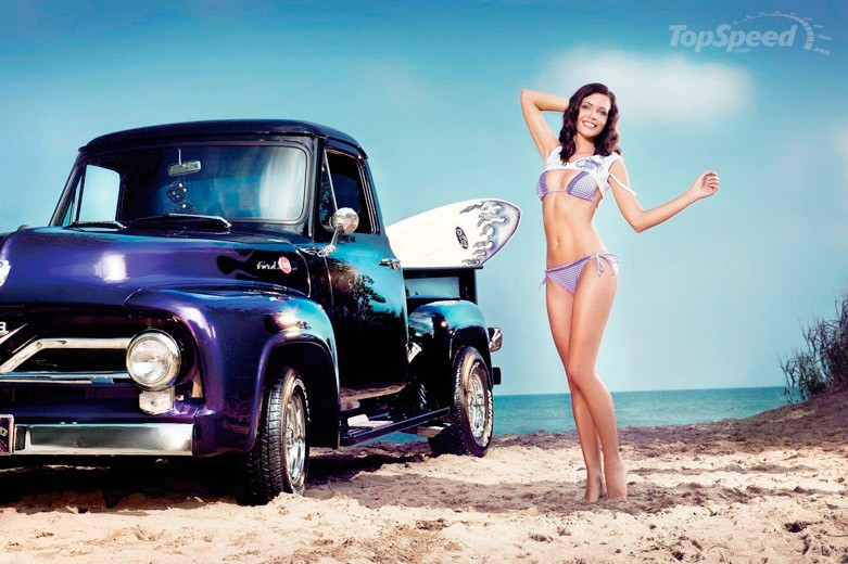 Kristin Zippel in Miss Tuning 2011 calendar