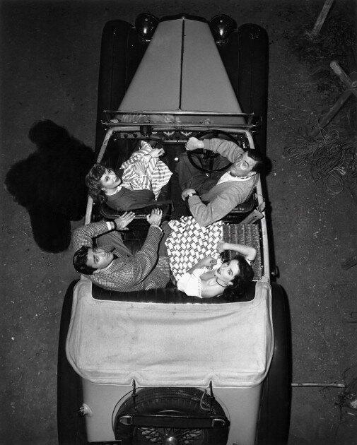 Greer Garson, Walter Pidgeon, Elizabeth Taylor, Peter Lawford, 1948