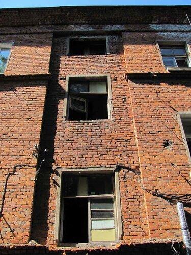 внешний вид здания (фрагмент)