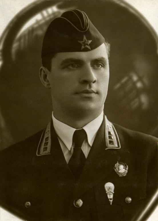 Степан Супрун, снято не ранее мая 1936, не позднее мая 1940.