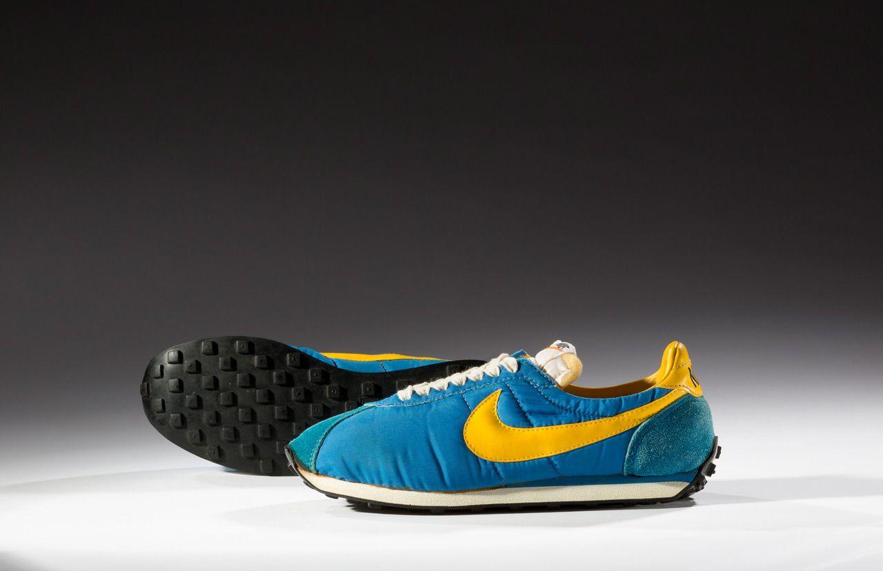 Одна из самых популярных моделей спортивной обуви в истории: Superstar от Adidas. Первые такие кросс