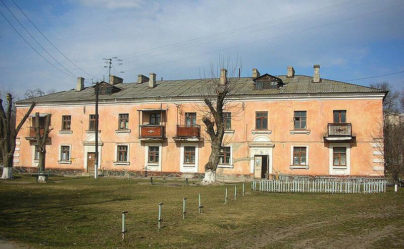 Снесённый дом на месте ЖК Семь, внутренний двор, 2008, фото С.Кобзев