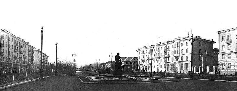 "Мемориал ""Слава героям"", около 1960 г."