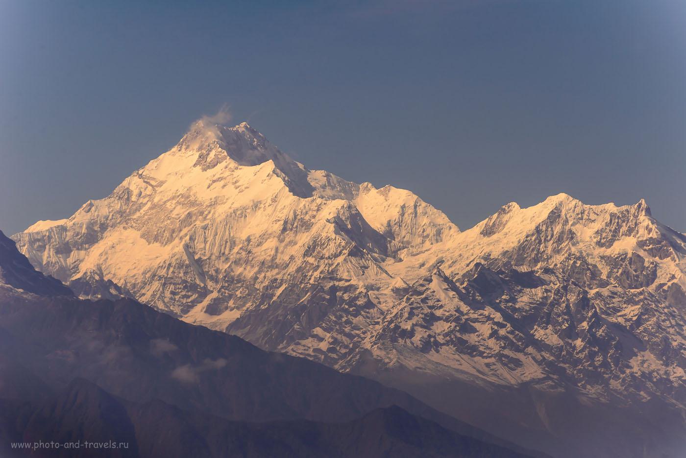 19. На планете Земля насчитывают 14 гор высотой больше 8000 метров над уровнем моря. Одна из самых неприступных и сложных для восхождения альпинистов – величественная Канченджунга. 8.0, 1/1250, 200, -0.7EV, 220.