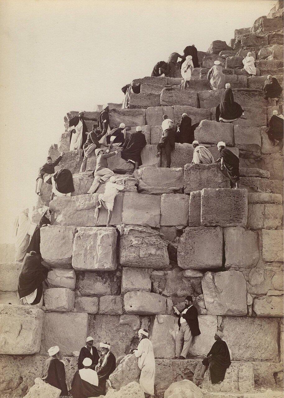 Подъем на пирамиду Хеопса в Гизе