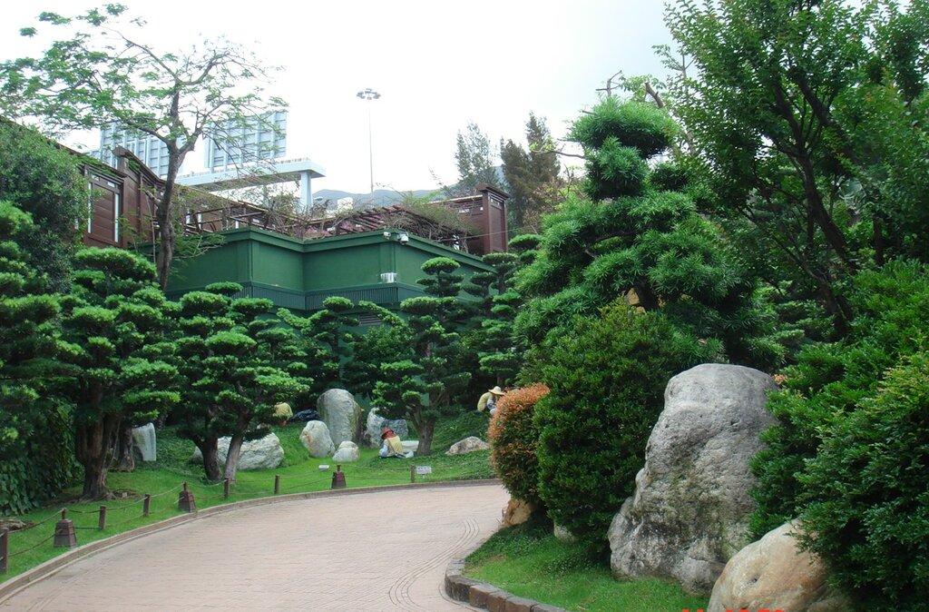 Женский монастырь Чи Лин  Гон Конг Каулун.