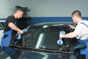 В Приморье ликвидирован подпольный цех по изготовлению контрафактных автомобильных стекол