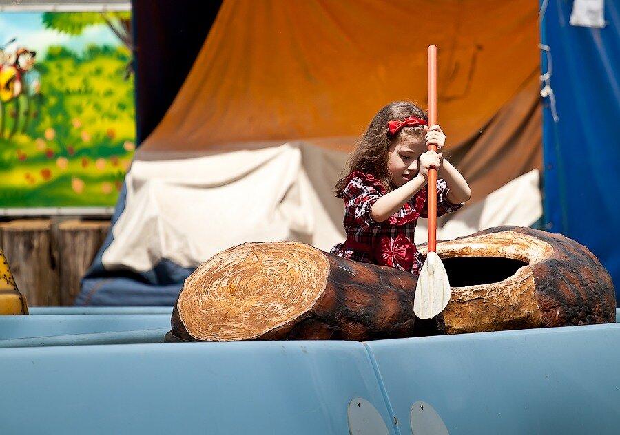 лодка гребля весло девочка дети