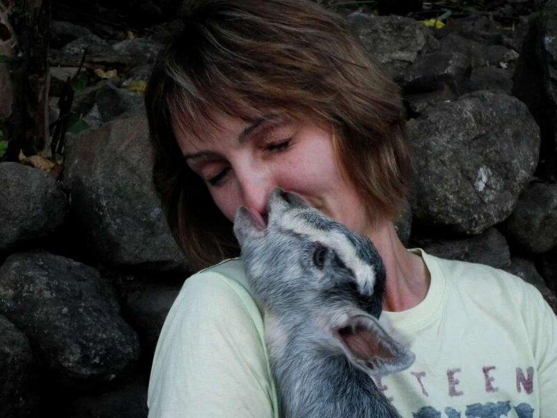 Яна по образованию - ветеринарный врач.