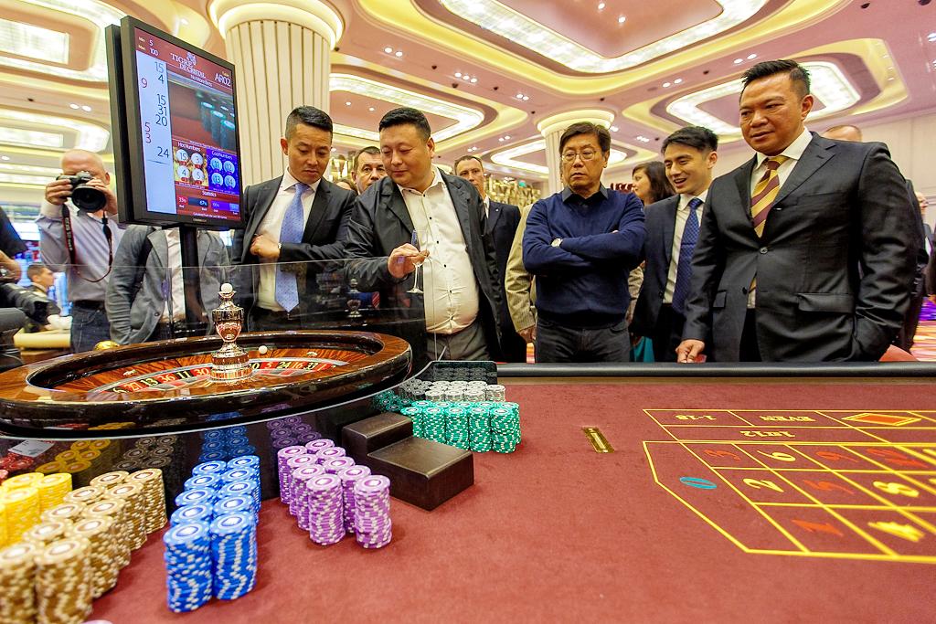 Кого обмануло казино адмирал играть бесплатно в казино эльдорадо