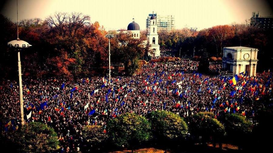 Власти уступать не хотят — Протесты вМолдавии
