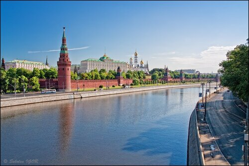 Утренняя Москва