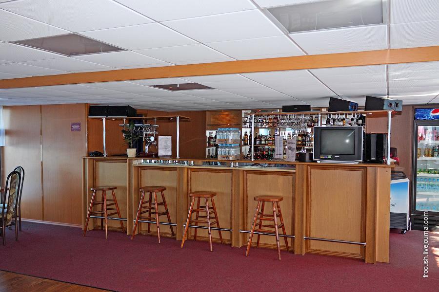 Конференц-зал (бар «Свирь»)