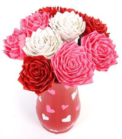 Роза из клейкой ленты hmhome.ru