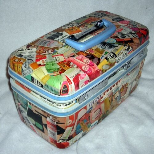 Декупаж чемодана.