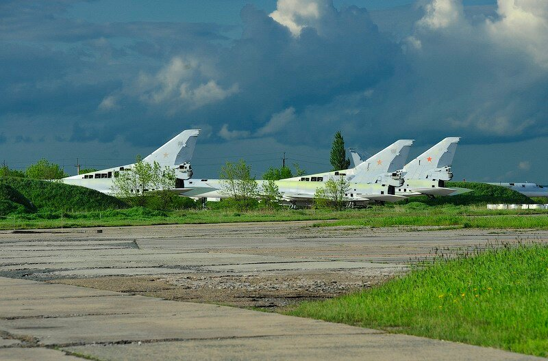 Un Regimiento de bombarderos fantasmas 0_57ee3_2b4c0eba_XL