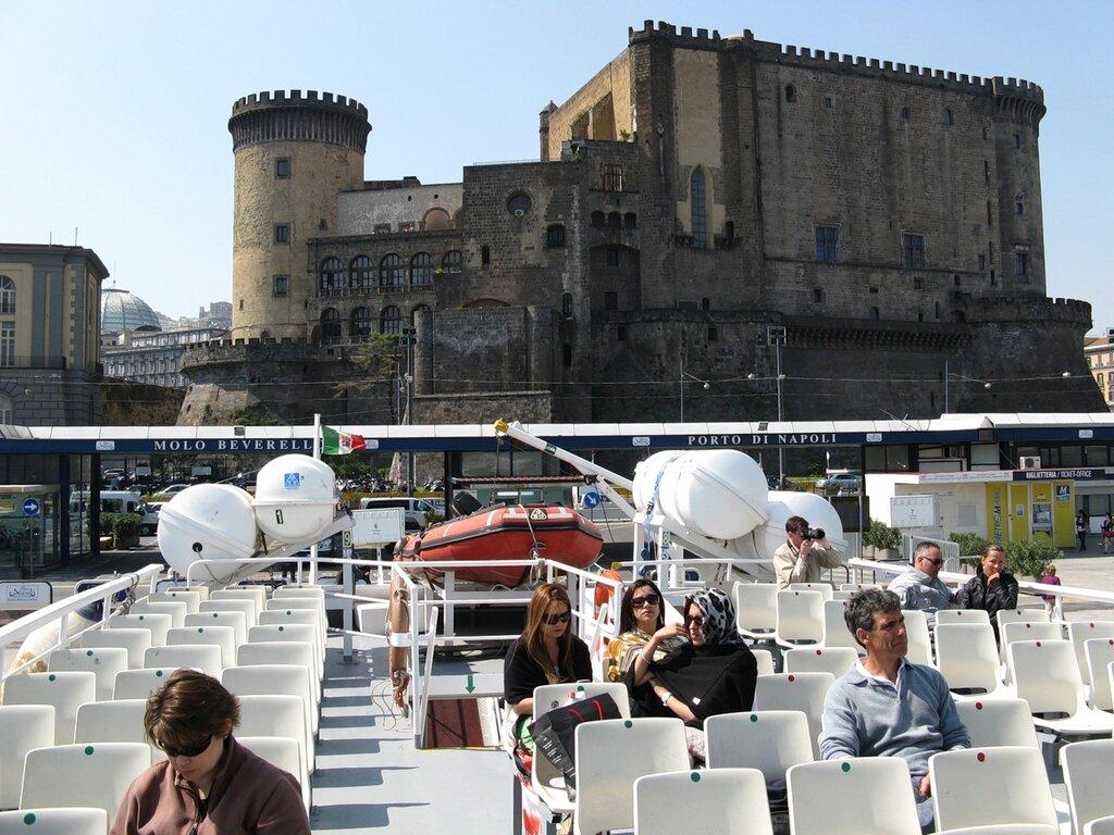 Пассажирский порт Неаполя
