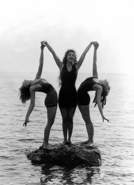 Seven Mack Sennett. bathing beauties1922
