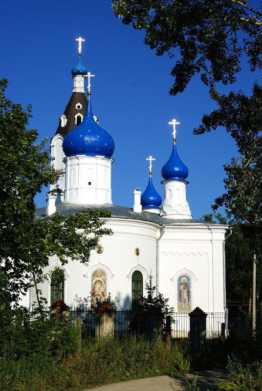 Церковь в селе Казанское