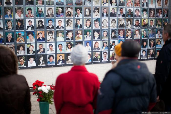 0_b37fc_c7dd3f0c_orig В Москве почтили память жертв Норд-Оста (фото)