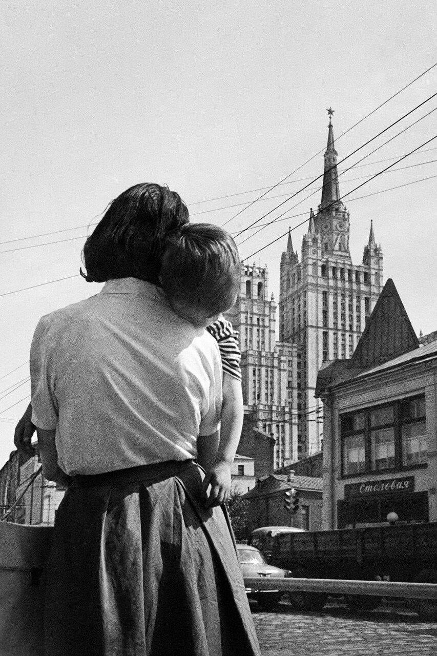 1963. На московской улице