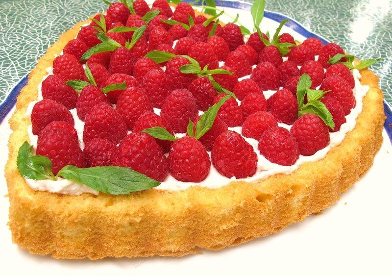 """торт """"Малиновое сердце"""""""