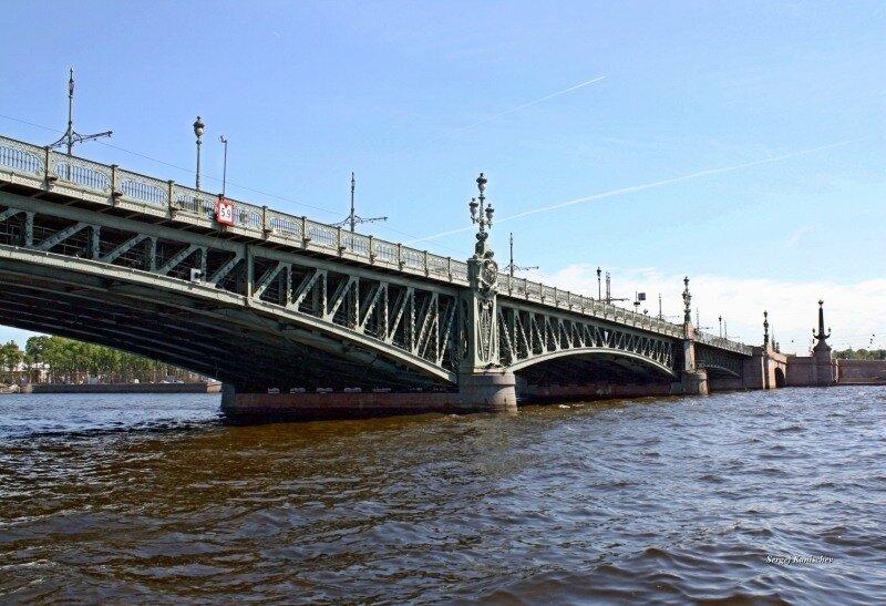 Прогулка по рекам и каналам Санкт-Петербурга. Троицкий мост.