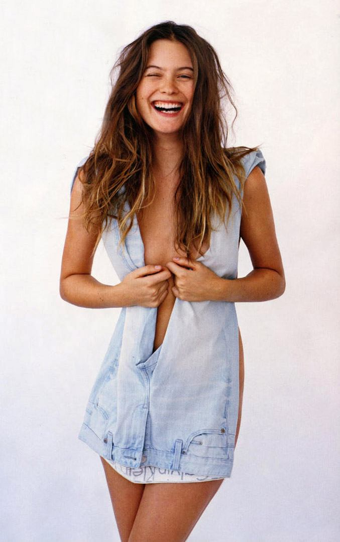 Бехати Принслу / Behati Prinsloo by Matt Jones in i-D Magazine summer 2011