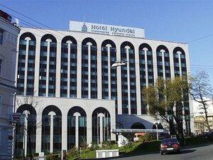 """Житель Владивостока """"заминировал"""" международный отель из-за несчастной любви"""