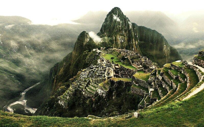 Machu-Picchu-the-Inca-city-Peru-Mountain-axtec-ancient_2560x1600.jpg