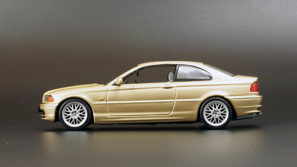 BMW_Coupe_16.jpg