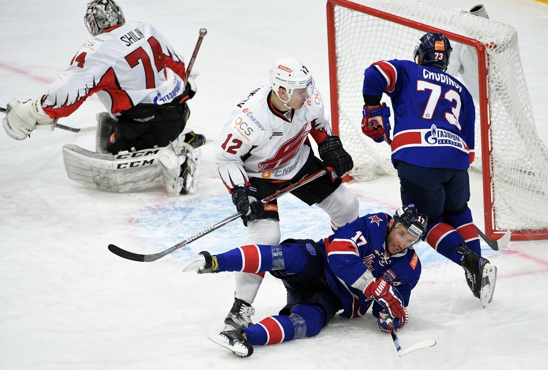 Хоккеисты СКА победили омский «Авангард», забросив 5 шайб