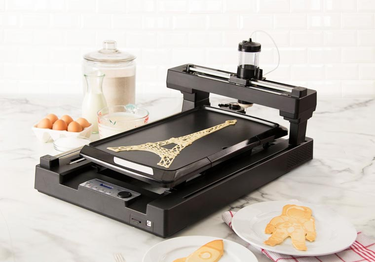 Pancakebot - This 3D printer prepares creative pancakes for breakfast!