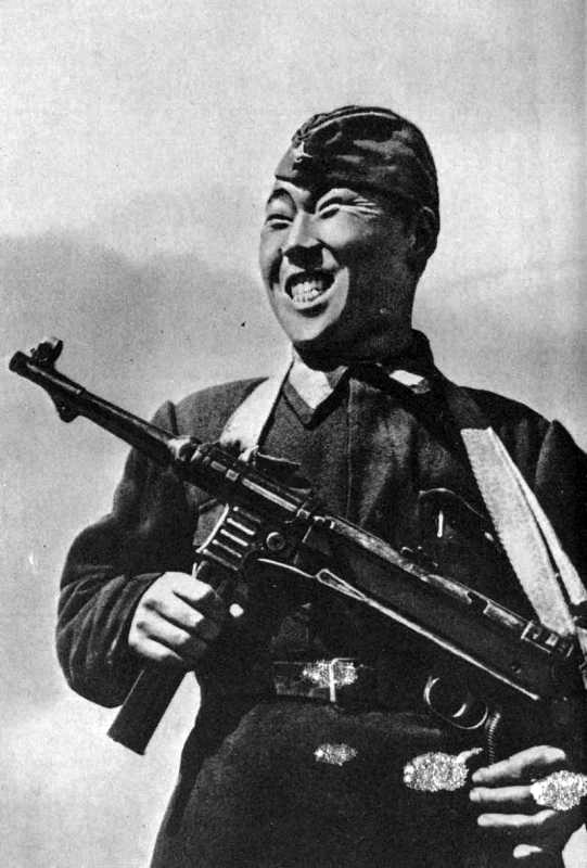Снайпер нанаец Пассар. Сталинградский фронт. 1942 г.jpg