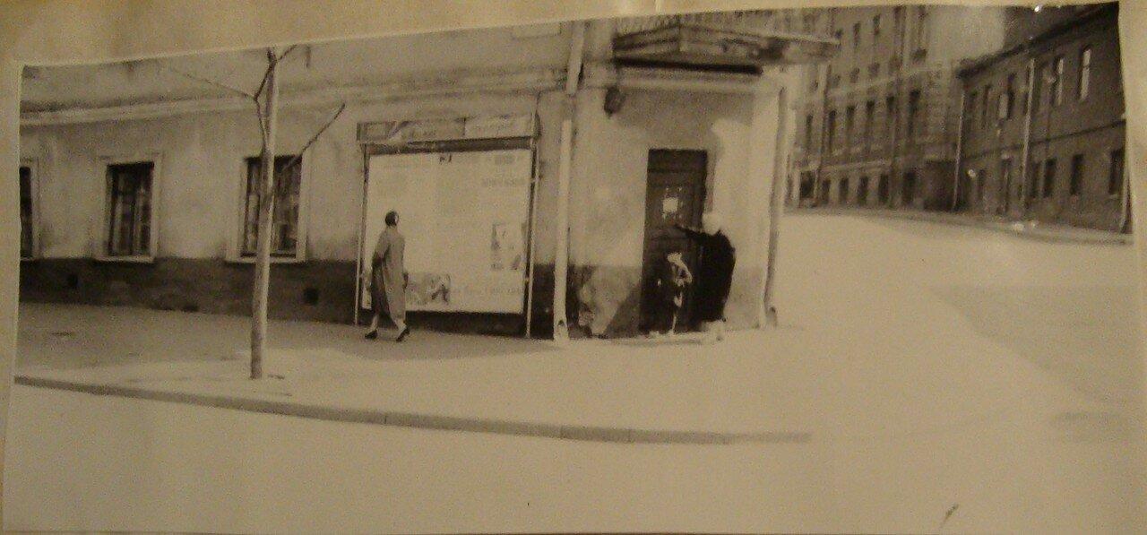1964. Угол улиц Композиторской и Чайковского