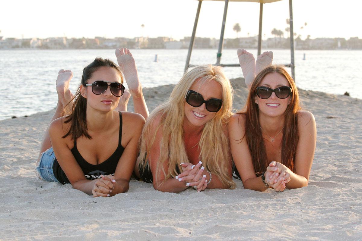 Фото девушек на разных пляжах