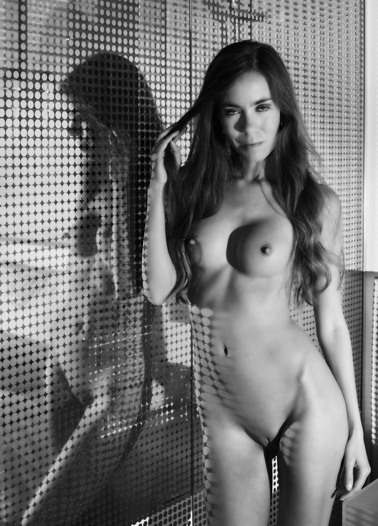 Jade E in Hotel Shoot in Rotterdam / Colin Dixon