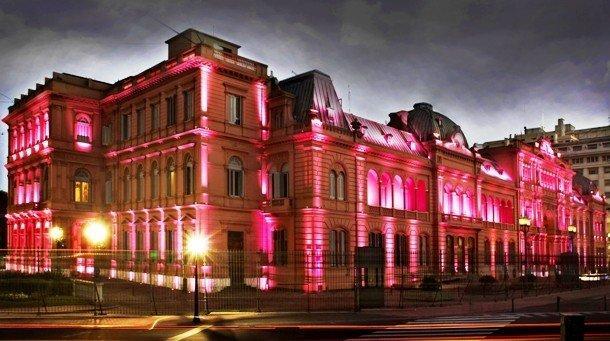 5. Casa Rosada, Аргентина В переводе резиденция президента Аргентины означает «Розовый дом». Помимо