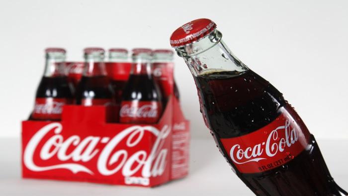 6. Кока-кола: от микстуры к популярному напитку. Фармацевт Джон Пембертон создал первую формулу Coca