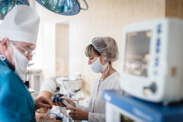 Краснодарские хирурги без цельного надреза удалили инородное тело изобласти сердца пациента