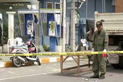 Три человека погибли при взрыве бомбы наюге Таиланда