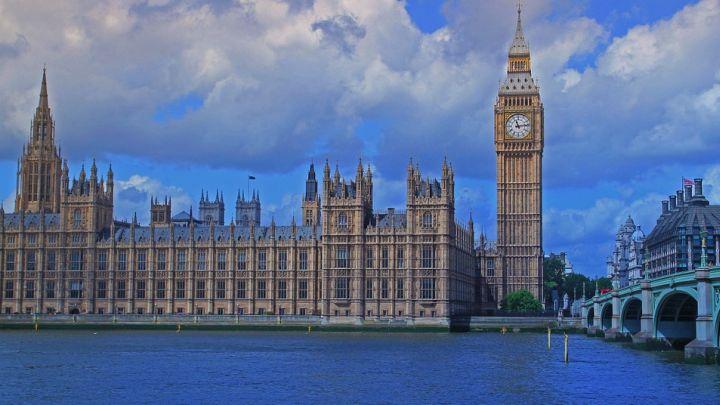 Мэй: проведение досрочных выборов неповлияет награфик Brexit