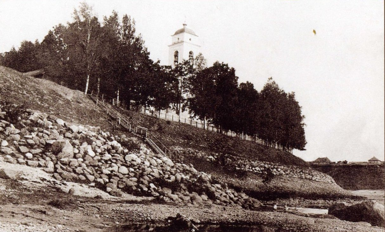 Воскресенская церковь в Татиловской части города