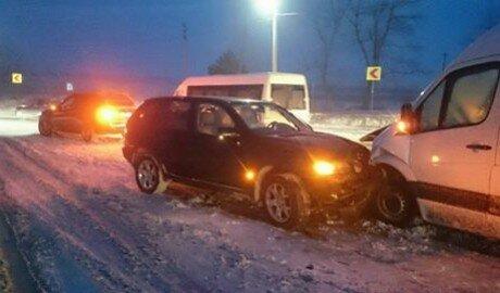 Цепное ДТП произошло в Пересечино на трассе Кишинёв - Бельцы