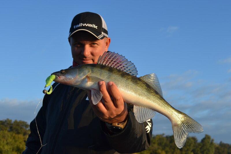 видео рыбалка на реке донца