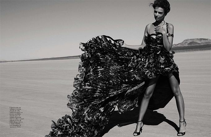 Эмили Ратаковски в Vogue Spain