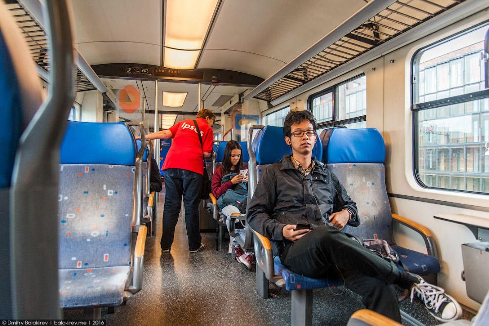 10. Передвижение не ограничивается метро и велосипедами (о них будет отдельный пост). За 55 евр