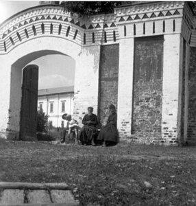 Вход в пределы монастыря